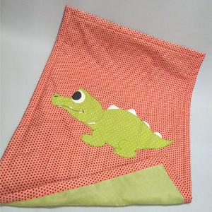 Couverture 120cm*85cm crocodile rouge et verte Lou & tralala